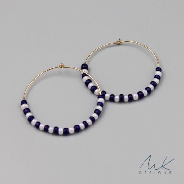 navyandwhitebeadhoop by MK Designs